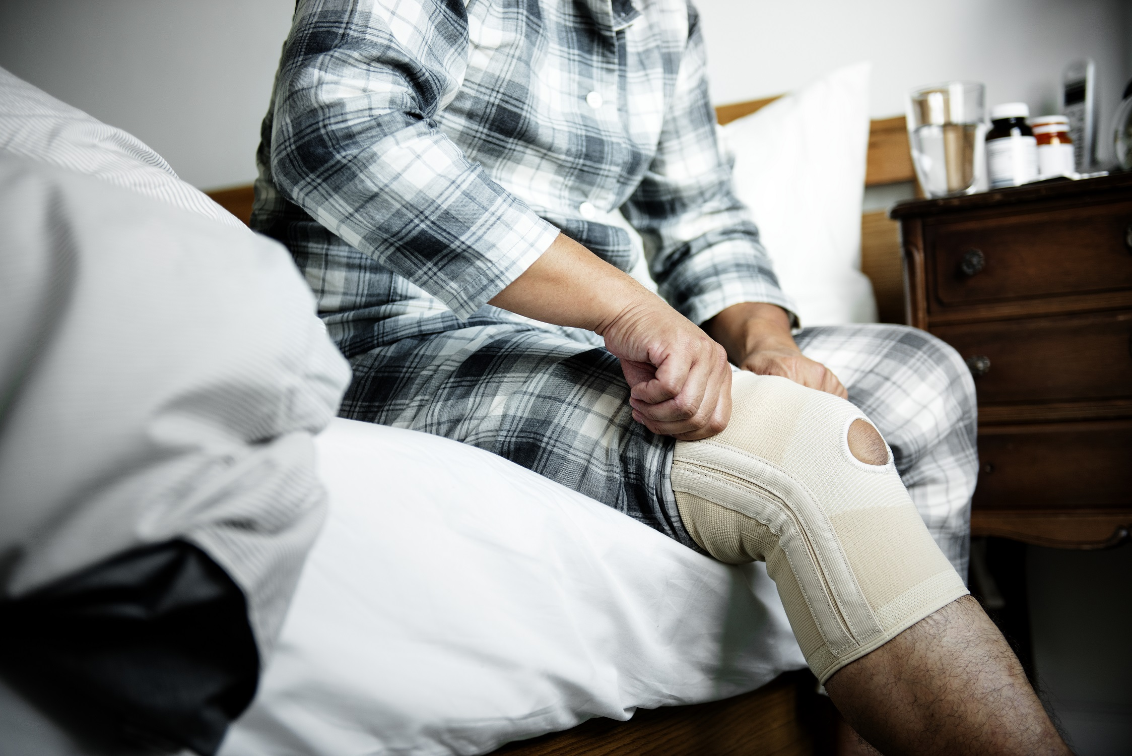 common knee injuries and treatments
